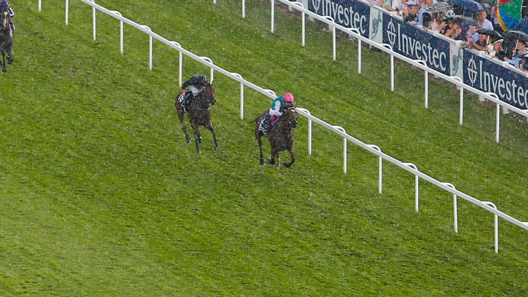 Enable and Frankie Dettori win the Oaks from Rhododendron