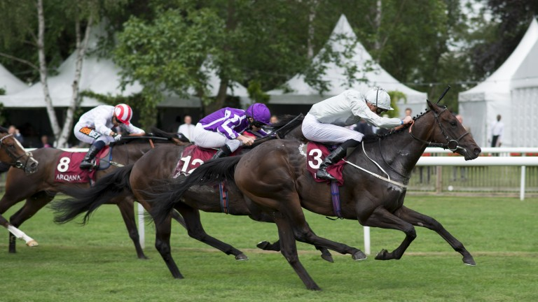 Cardsharp beats US Navy Flag in the July Stakes at Newmarket - the Ballydoyle horse is 3lb better off this time