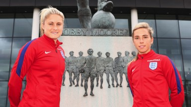 England's Steph Houghton (left) and Jordan Nobbs