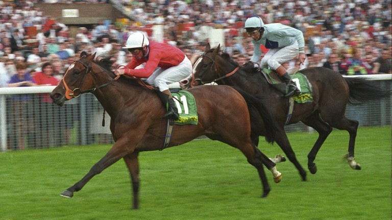 Lyric Fantasy beats Mr Brooks in the 1992 Nunthorpe
