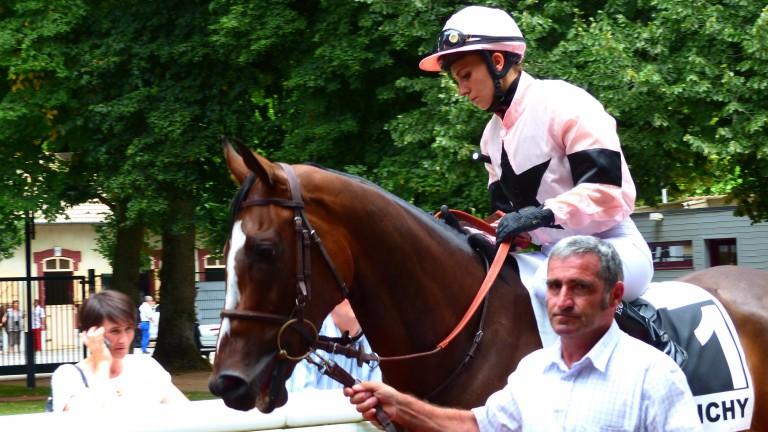 Elaura Cieslik on Pachadargent, winner of a claimer on Thursday's card