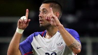 Clint Dempsey celebrates his goal against Costa Rica