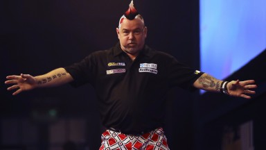 Peter Wright is favourite to see off Daryl Gurney