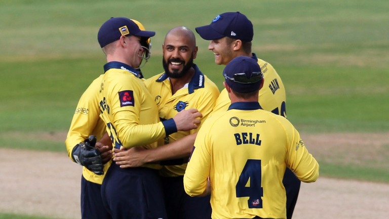 Birmingham Bears celebrate a wicket from star spinner Jeetan Patel