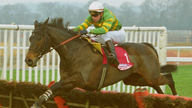 Baracouda lands the 2003 Long Walk Hurdle at Ascot