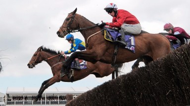 Hatch heading for victory on Blaklion in the 2016 RSA Chase