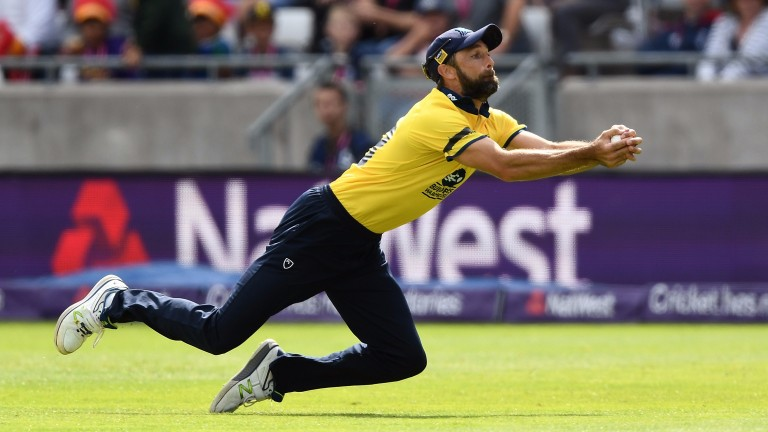 Birmingham Bears skipper Grant Elliott takes a brilliant catch to dismiss Colin Ingram