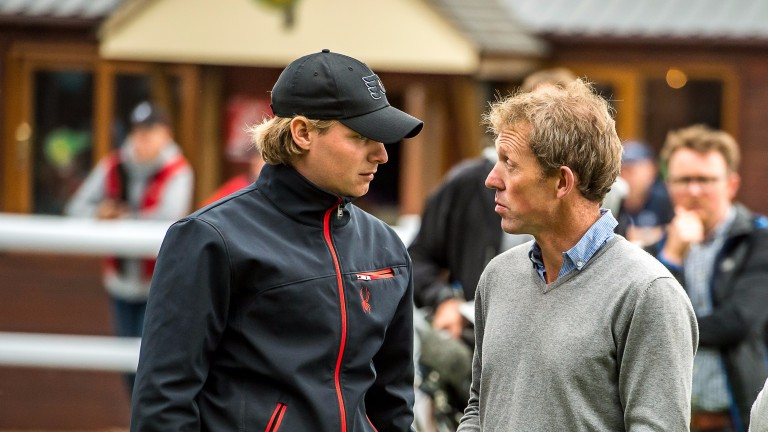 Sam Sangster (left) chats to Gerry O'Sullevan of Cooneen Stud in the Goffs UK parade ring