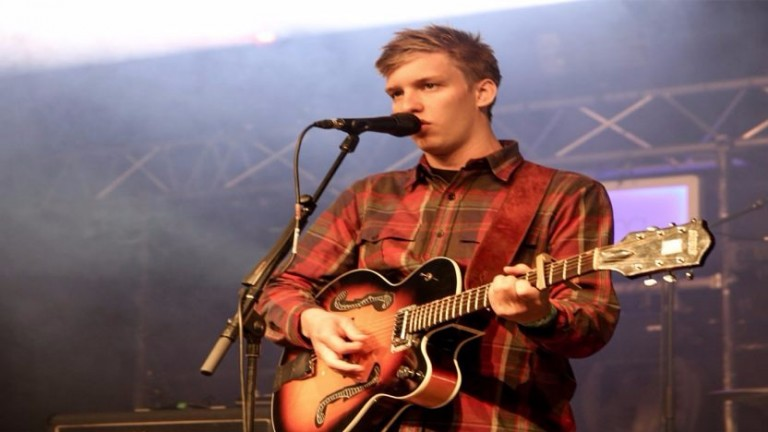 George Ezra: headlining British Champions Day after party