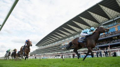 Almanzor (Christophe Soumillon) wins the 2016 Champion Stakes at Ascot