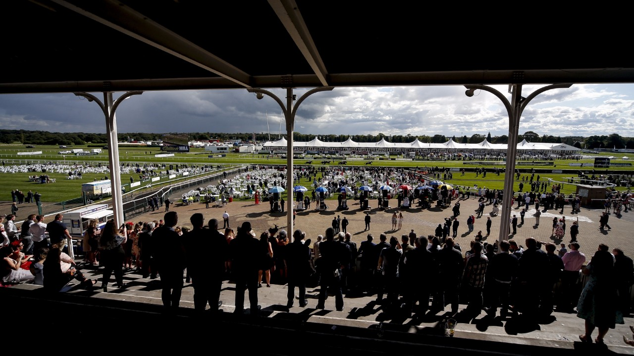 Doncaster stages the Sceptre Flying Childers and Doncaster Cup on Friday