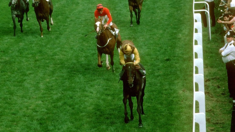 Teenoso gives Lester Piggott his ninth and final Derby winner in 1983