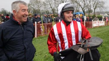 """01st ANSEANACHAI CLISTE   and  M McConville ( 6 , RED & WHITE STRIPES; red, plain sleeves; white cap )  Trainer:  Stephen McConville,,  Owner :  Michael McConville"""
