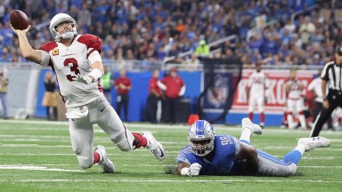 Arizona quarterback Carson Palmer has struggled