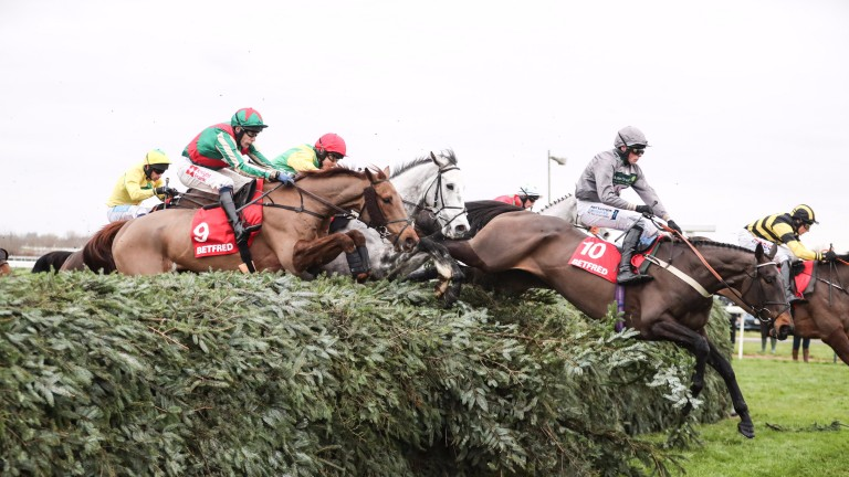 Becher Chase takes place at Aintree on Saturday