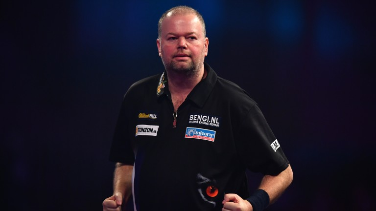 Raymond van Barneveld produced a stunning display against Peter Wright
