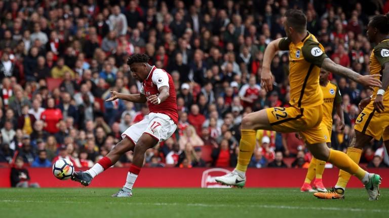 Alex Iwobi scores for Arsenal against Brighton