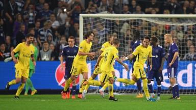 Neymar celebrates scoring for PSG