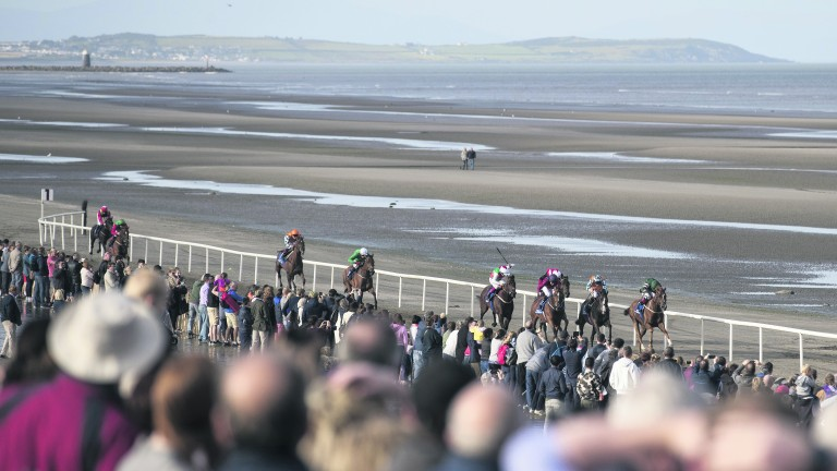 Racing returns at Laytown for its annual meeting