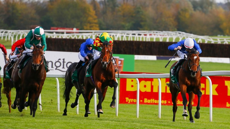Best Solution comes clear of his field under Pat Cosgrave