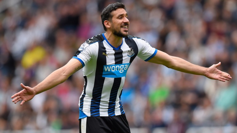 Former Newcastle man Jonas Gutierrez is now strutting his stuff with Independiente