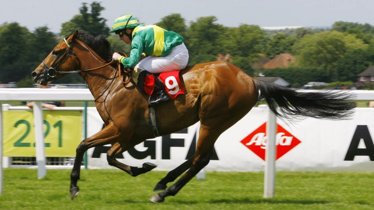 Clerk's Choice winning on the Flat at Sandown in June 2009 under Jim Crowley