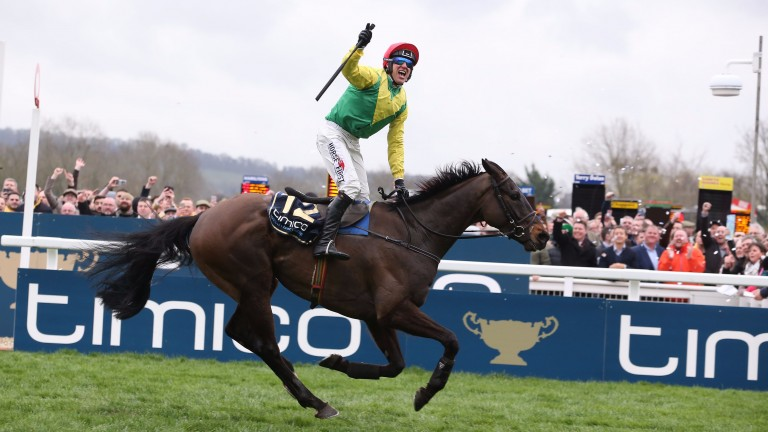 Robbie Power celebrates winning the Gold Cup on Sizing John