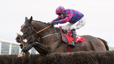 Jury Duty and Robbie Power wins the Florida Pearl Novice Chase (Grade 2).Punchestown.Photo: Patrick McCann 19.11.2017