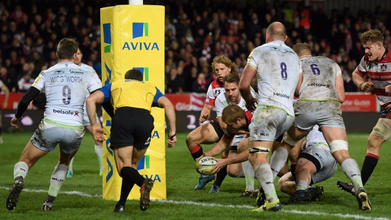 Gloucester fought back to beat Saracens in round eight