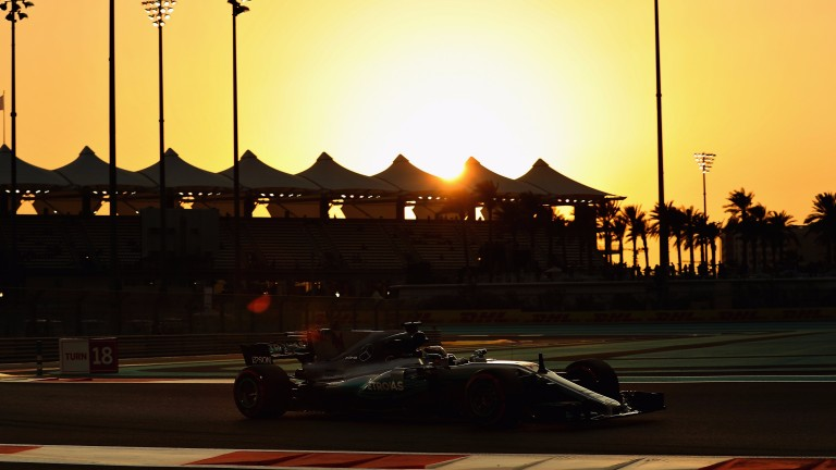 Lewis Hamilton set an unofficial lap record in Abu Dhabi practice