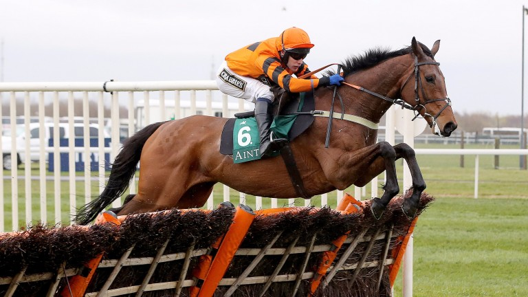 Thistlecrack will face a stiff competitor in Unowhatimeanharry in the Long Distance Hurdle on Friday