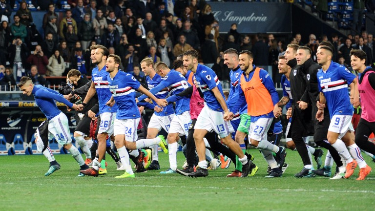 Sampdoria players celebrate after beating Juventus