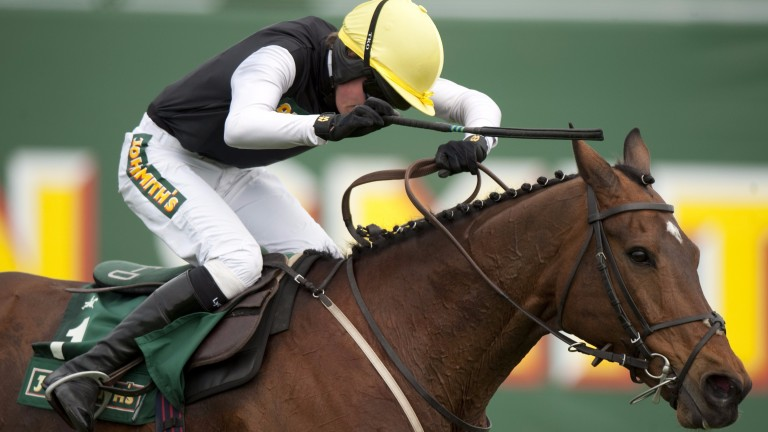 Willie Twiston-Davies and Baby Run win the Foxhunters' at Aintree in 2011
