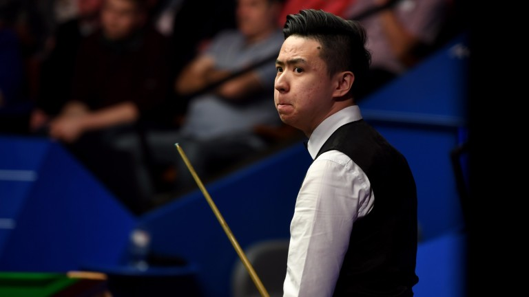 Xiao Guodong is unlikely to let Martin Gould run away with their match