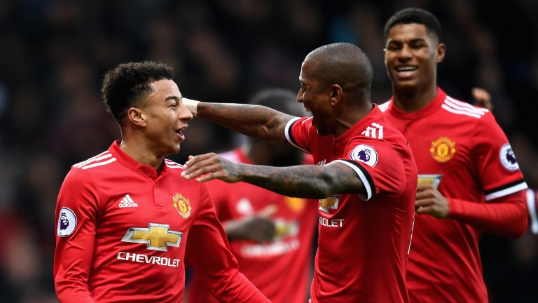 Manchester United can consolidate second place behind City