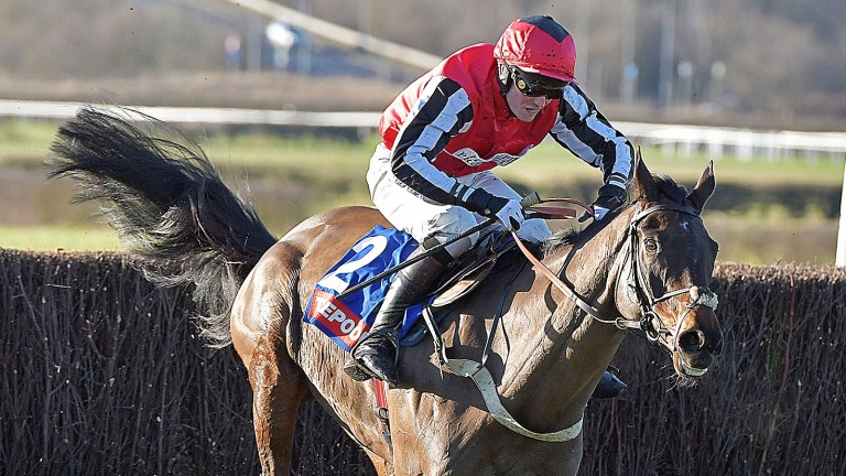 Baywing and Ryan Day win the Grade 2 Towton Novices' Chase at Wetherby in February