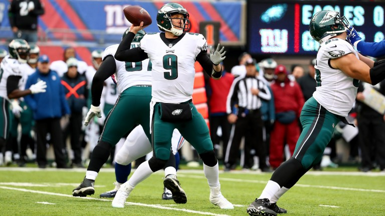 Nick Foles threw four TD passes for the Eagles against the Giants