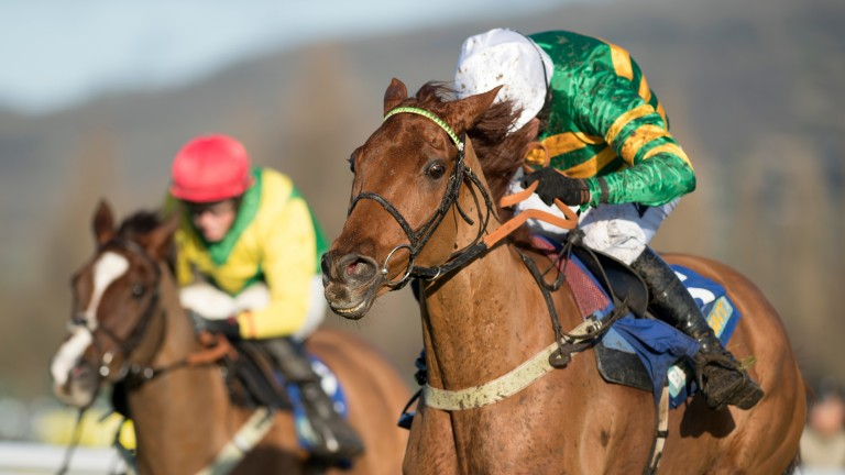 Yanworth wins the Dipper Novices' Chase under Barry Geraghty