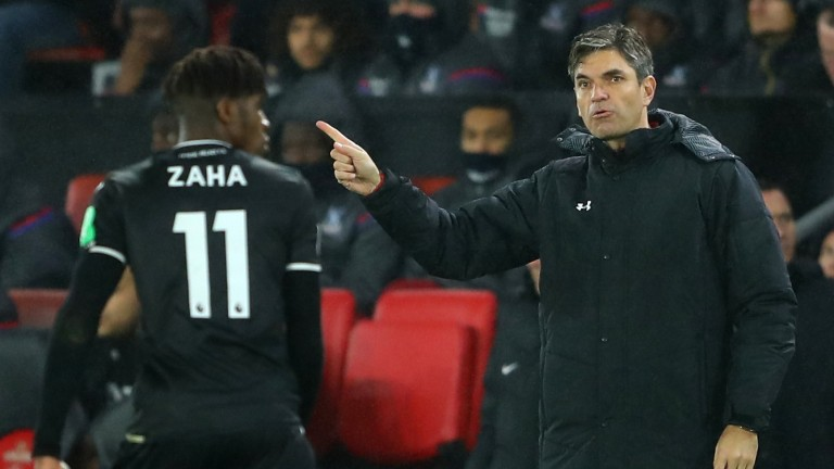 Mauricio Pellegrino, manager of Southampton, gives his team instructions