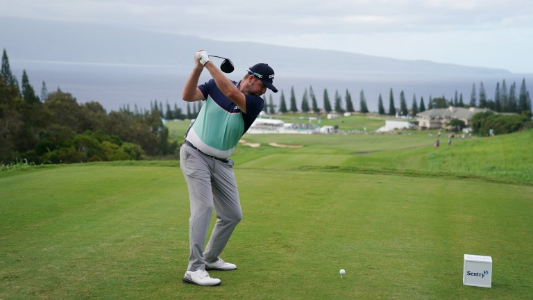 Marc Leishman leads the way at Kapalua