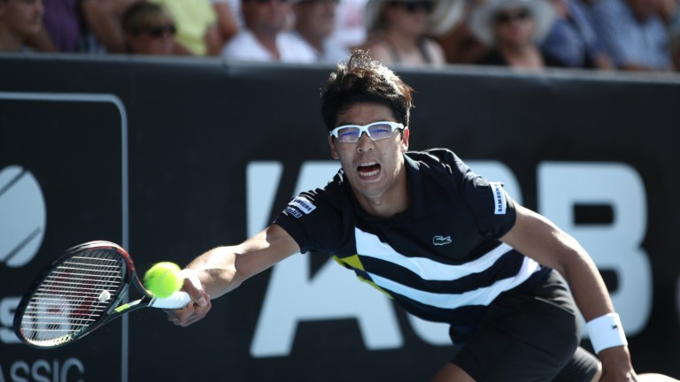 Hyeon Chung beat Daniil Medvedev in straight sets