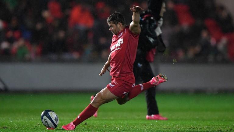 Scarlets full-back Leigh Halfpenny returns against Toulon