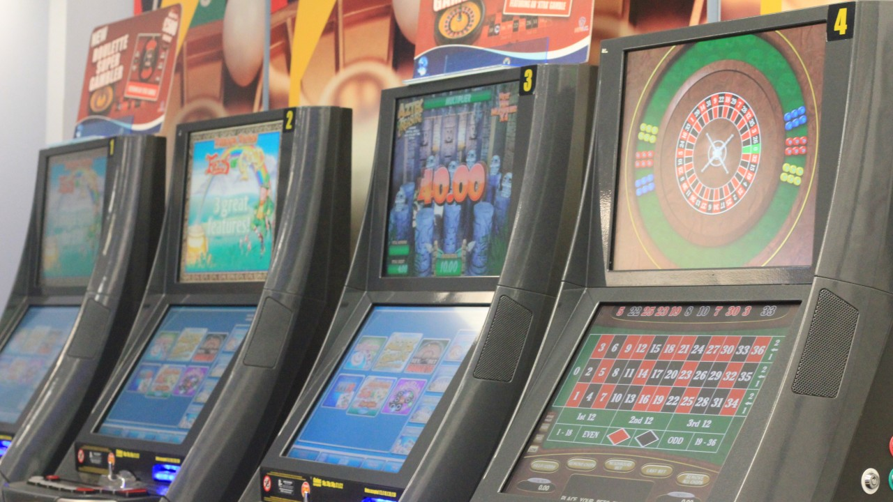 Fixed odds betting terminals addiction to pain boxing betting ladbrokes plc