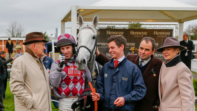 Smad Place with owners Peter (left) and Trish Andrews after success in the 2015 Hennessy
