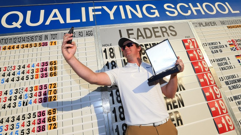 Sam Horsfield celebrates his European Tour qualification