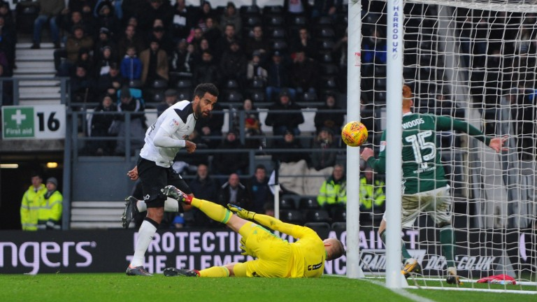 Tom Huddlestone scores for Derby against Brentford
