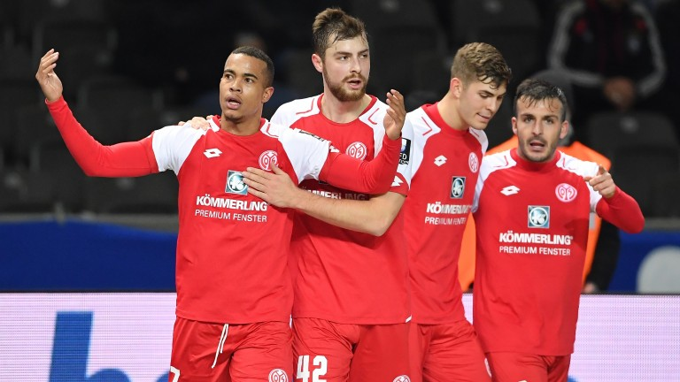 Mainz celebrate a goal in their win over Hertha Berlin