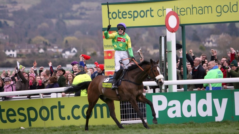 Ruby Walsh celebrates victory on Kauto Star in the 2009 Gold Cup – becoming the first pair to regain the title in the race's history following their 2007 win