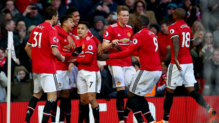 Jesse Lingard and Manchester United celebrate against Chelsea