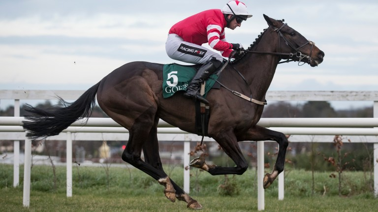 Blackbow gallops to victory at Leopardstown during the 2017 Dublin Racing Festival